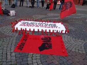 Mahnwache für die Opfer in Norwegen